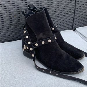See by CHLOE suede black boots